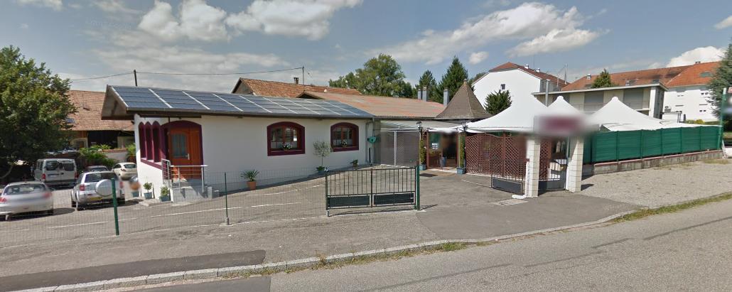 Heimsbrunn : Ensemble immobilier maison grange et restaurant