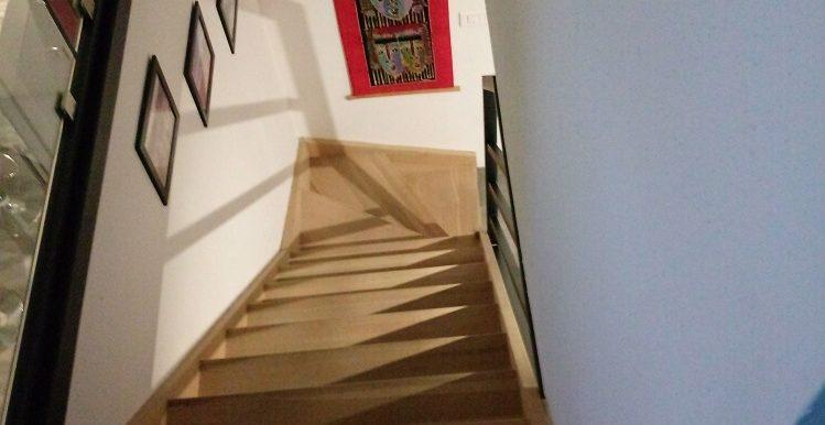 escalier etage 279